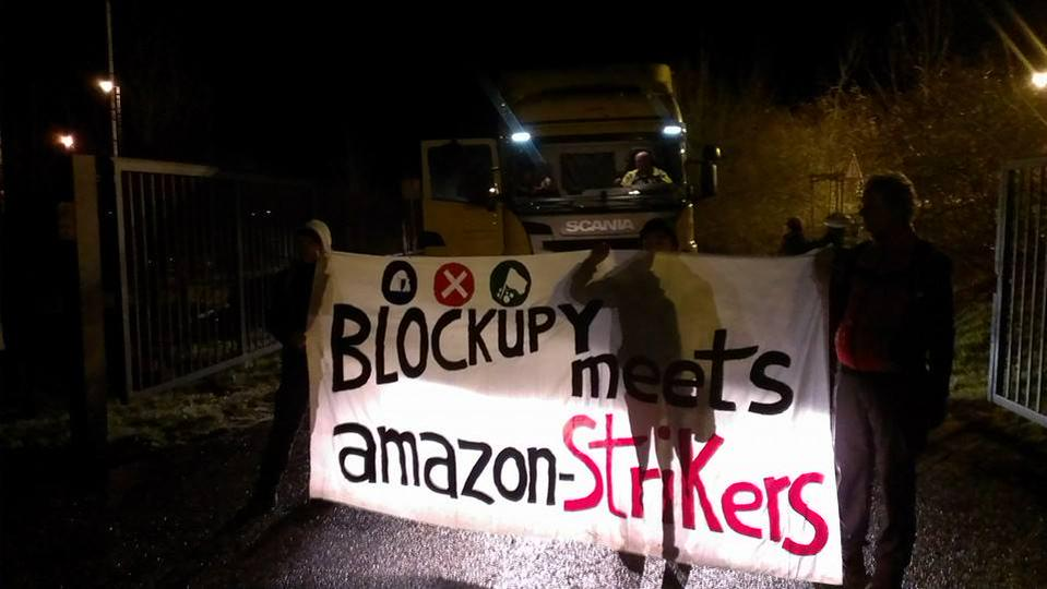 blockupy-meets-amazonstrikers01.jpg